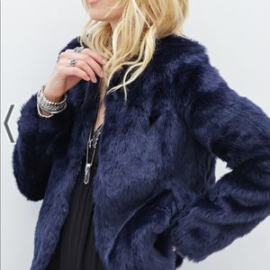 FOREVER 21: Collarless Faux Fur Blue Jacket